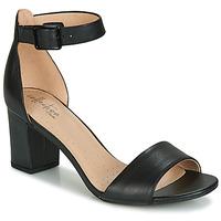 Čevlji  Ženske Sandali & Odprti čevlji Clarks DEVA MAE Črna