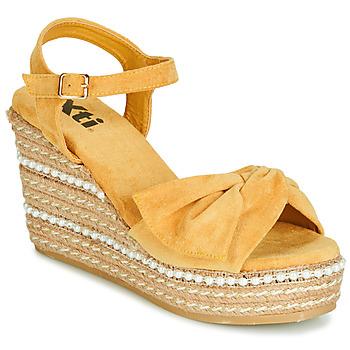 Čevlji  Ženske Sandali & Odprti čevlji Xti 49073 Rumena