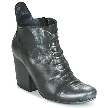 Čevlji  Ženske Gležnjarji Papucei LYLIENE BLACK Črna
