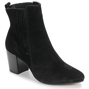 Čevlji  Ženske Gležnjarji Bullboxer 348508E6C-BLCK Črna