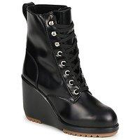 Čevlji  Ženske Gležnjarji Marc Jacobs MJ19142 Črna