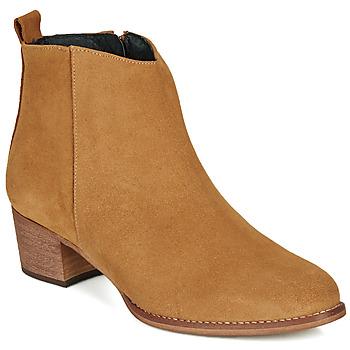 Čevlji  Ženske Gležnjarji So Size MARTINO Kamel