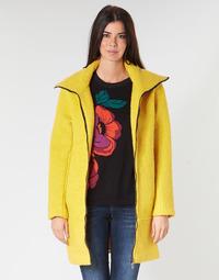 Oblačila Ženske Plašči Desigual LAND Rumena
