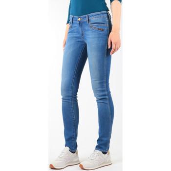 Oblačila Ženske Jeans skinny Wrangler Jeansy  Courtney Skinny W23SJJ58V