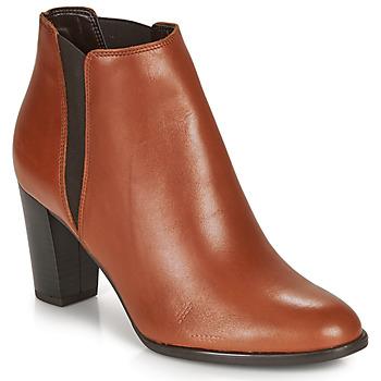 Čevlji  Ženske Gležnjarji André ELONA Cognac