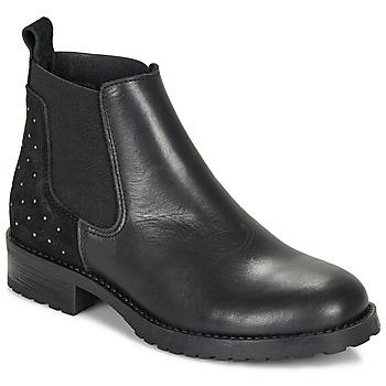 Čevlji  Deklice Polškornji André SIXTINE Črna