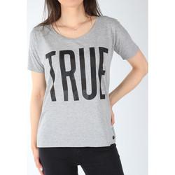 Oblačila Ženske Majice s kratkimi rokavi Lee T-shirt  Ultimate Tee L42JEP37 grey