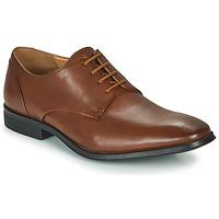 Čevlji  Moški Čevlji Derby Clarks GILMAN PLAIN Kostanjeva