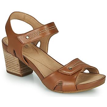 Čevlji  Ženske Sandali & Odprti čevlji Clarks UN PALMA VIBE Kamel