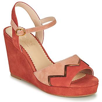 Čevlji  Ženske Sandali & Odprti čevlji André LA JONGLEUSE Rožnata
