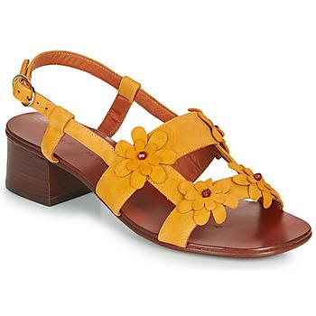 Čevlji  Ženske Sandali & Odprti čevlji Chie Mihara QUESIA Rumena