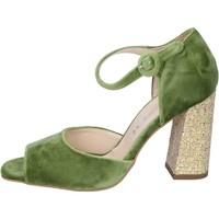 Čevlji  Ženske Sandali & Odprti čevlji Olga Rubini sandali velluto Verde