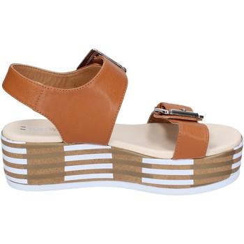 Čevlji  Ženske Sandali & Odprti čevlji Tredy's Sandale BN757 Rjav