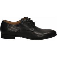 Čevlji  Moški Čevlji Derby Brecos VITELLO nero