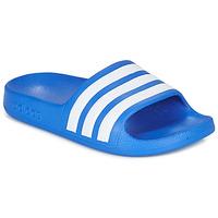 Čevlji  Dečki Natikači adidas Performance ADILETTE AQUA K Modra / Bela