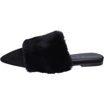 Čevlji  Ženske Sandali & Odprti čevlji Stephen Good sandali camoscio pelliccia Nero
