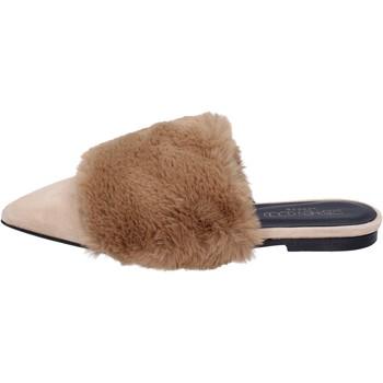 Čevlji  Ženske Sandali & Odprti čevlji Stephen Good sandali camoscio pelliccia Beige