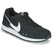 Čevlji  Moški Nizke superge Nike VENTURE RUNNER Črna / Bela