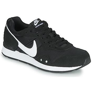 Čevlji  Ženske Nizke superge Nike VENTURE RUNNER Črna / Bela