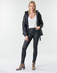 Oblačila Ženske Hlače s 5 žepi Emporio Armani 6H2J20 Črna