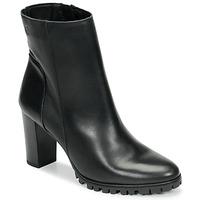 Čevlji  Ženske Gležnjarji Betty London NOHIME Črna