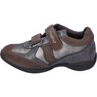 Čevlji  Deklice Nizke superge Stonefly BK32 Siva