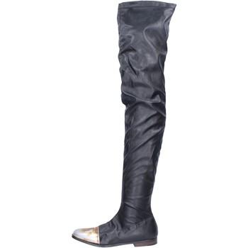 Čevlji  Ženske Škornji Moma BK302 Črna
