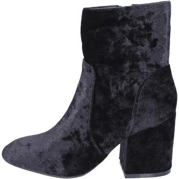 Čevlji  Ženske Gležnjarji Francescomilano BK345 Črna