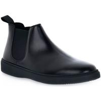 Čevlji  Moški Polškornji Frau PONCHO NERO Nero
