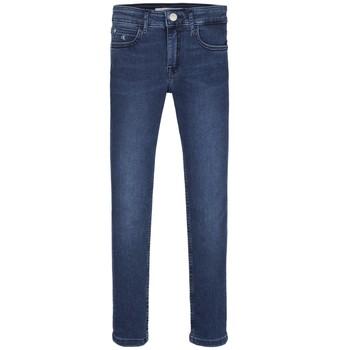 Oblačila Deklice Jeans skinny Calvin Klein Jeans SKINNY ESS ROYAL BLUE Modra