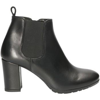Čevlji  Ženske Gležnjarji Mally 5500S Črna