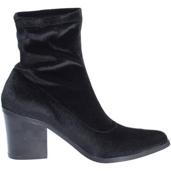 Čevlji  Ženske Gležnjarji Fornarina PI18LI1126A000 Črna