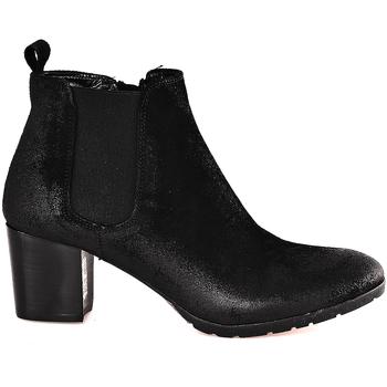 Čevlji  Ženske Gležnjarji Mally 5500 Črna