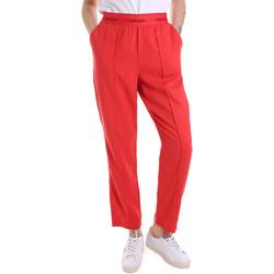 Oblačila Ženske Spodnji deli trenirke  Calvin Klein Jeans K20K201765 Rdeča