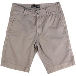 Oblačila Moški Kratke hlače & Bermuda Key Up 2P17A 0001 Siva