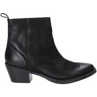 Čevlji  Ženske Gležnjarji Marco Ferretti 172729MF Črna