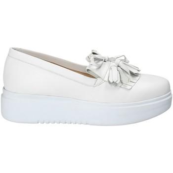 Čevlji  Ženske Slips on Exton E01 Biely