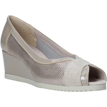 Čevlji  Ženske Sandali & Odprti čevlji Comart 023353 Bež