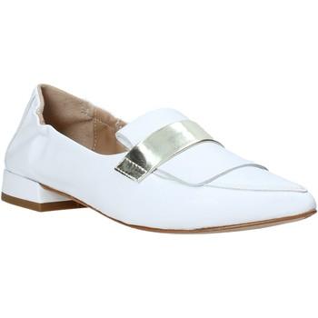 Čevlji  Ženske Mokasini Mally 6926 Biely