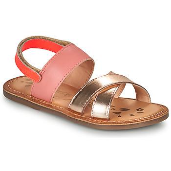 Čevlji  Deklice Sandali & Odprti čevlji Kickers DYACROSS Rožnata