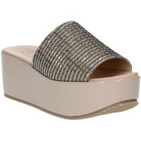 Čevlji  Ženske Natikači Grace Shoes MILY Bež