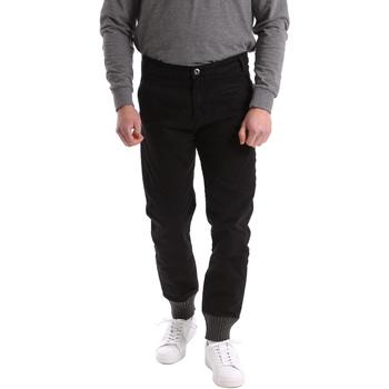 Oblačila Moški Hlače Chino / Carrot Gaudi 62BU20001 Črna