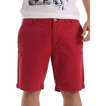 Oblačila Moški Kratke hlače & Bermuda Gaudi 71BU25028 Rdeča