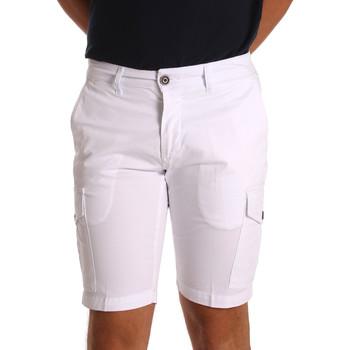 Oblačila Moški Kratke hlače & Bermuda Sei3sei PZV130 7148 Biely