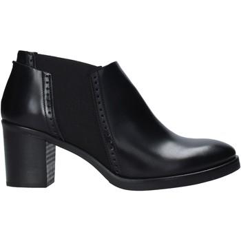 Čevlji  Ženske Nizki škornji Mally 5400 Črna