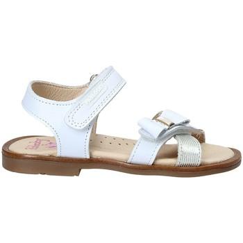 Čevlji  Deklice Sandali & Odprti čevlji Pablosky 0534 Biely