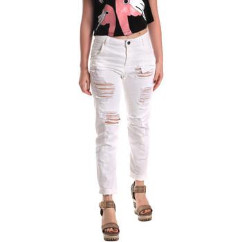 Oblačila Ženske Jeans boyfriend Fornarina BE171L94D877KM Biely