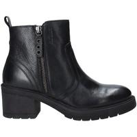 Čevlji  Ženske Gležnjarji Impronte IL92502A Črna