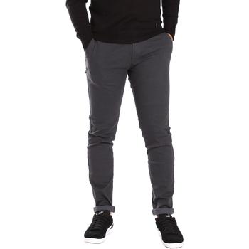 Oblačila Moški Hlače Chino / Carrot Gaudi 721BU25007 Siva