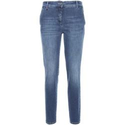 Oblačila Ženske Kavbojke slim NeroGiardini A760120D Modra